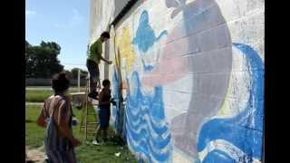 preview picture of video 'Pintando Bajo el Sol de Berisso'