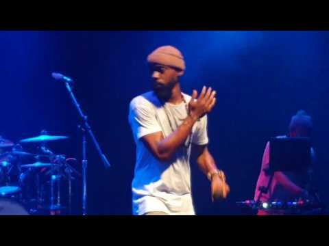 Mali Music - Beautiful - (Live)