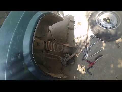 Ремонт ВАЗ 2107, или меняю детали ходовой сам. Repair VAZ 2107