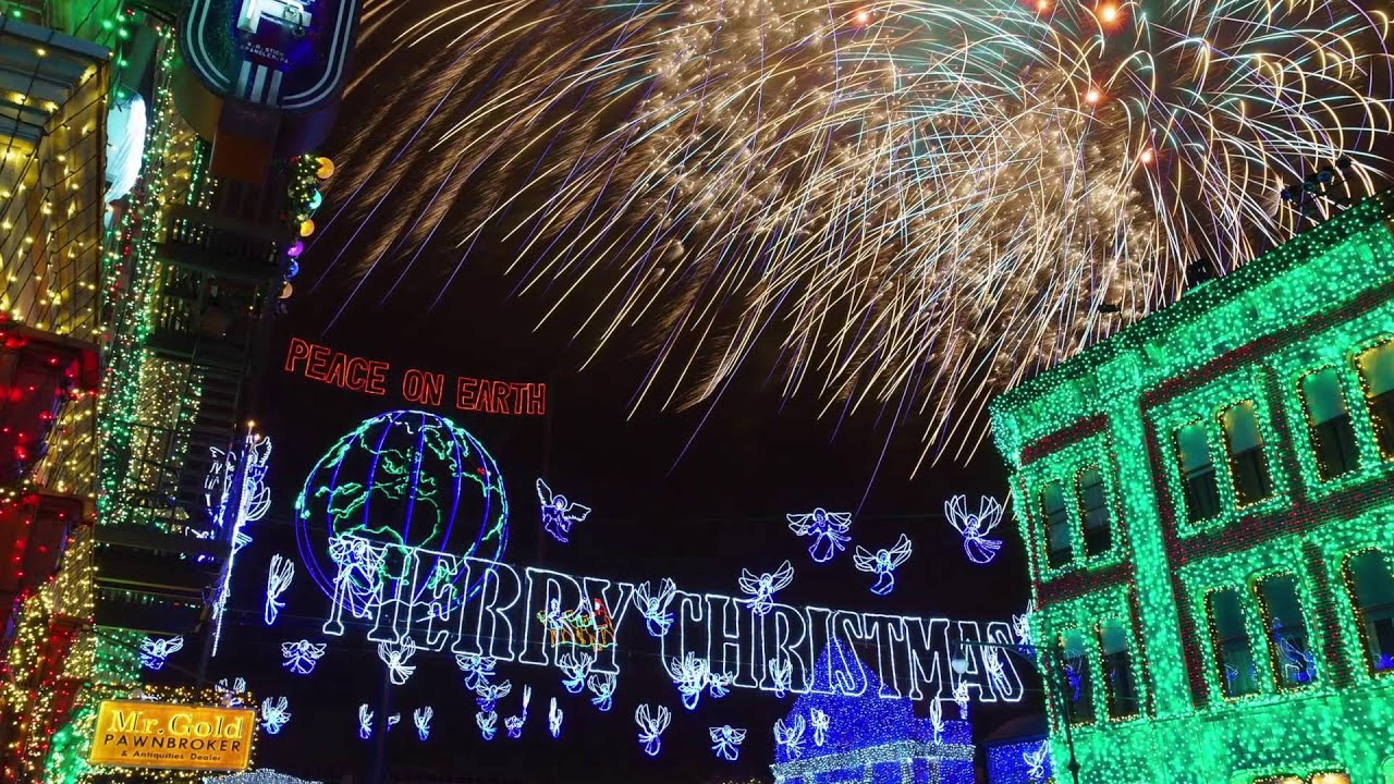 A Tribute to the Osborne Family Spectacle of Dancing Lights