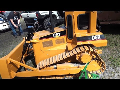 The worlds most amazing Caterpillar D6 bull dozer