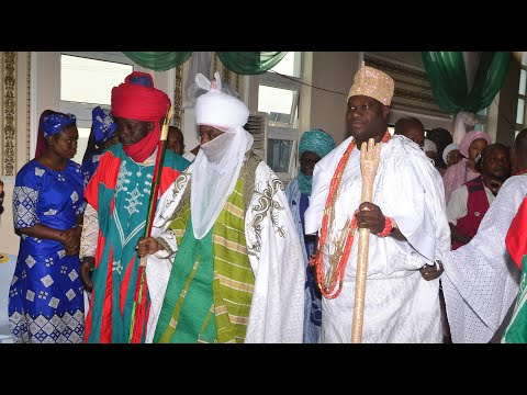 OONI OF IFE AND EMIR OF KANO Glittering @ Kano State Government House