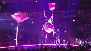 "Katy Perry ""Tsunami"" Witness The Tour Chicago 2017"
