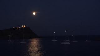 Трансляция: «Кровавая луна» восходит вГреции