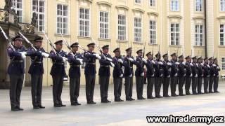 Přehlídkové vystoupení Hradní stráže na Pražském hradě 16.4.2014