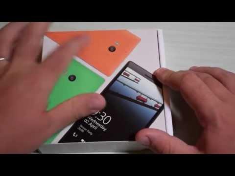 Foto Nokia Lumia 930: unboxing e primo avvio