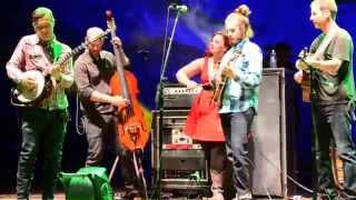 Yonder Mountain String Band | Only a Northern Song | Red Rocks | gratefulweb.com