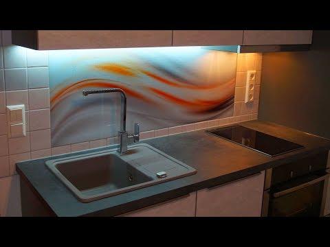 Kreative Idee. Glasbild als Küchenrückwand / Fliesenspiegel.