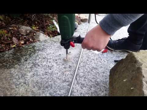 Granit Platten Bohren mit Bosch Bohrhammer PBH 2100 RE