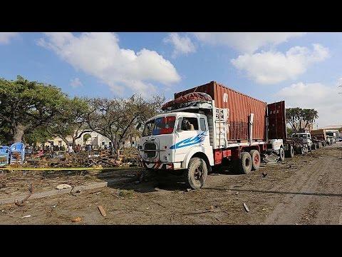 Δεκάδες νεκροί από έκρηξη παγιδευμένου αυτοκινήτου – Η Αλ Σεμπάαμπ πίσω από την επίθεση