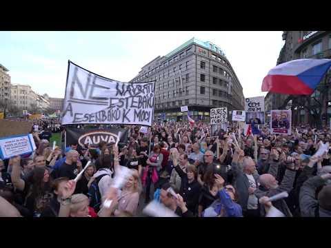Demonstrace proti premiérovi Andreji Babišovi a jeho vládě v demisi