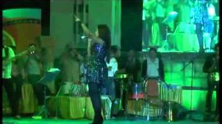 Nagada Sangh Dhol(Ram Leela) song by Shreya Ghoshal Live at Dharwad Utsav 2013