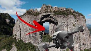 Pedra Furada e Morro da Igreja em Urubici (Drone DJI FPV)
