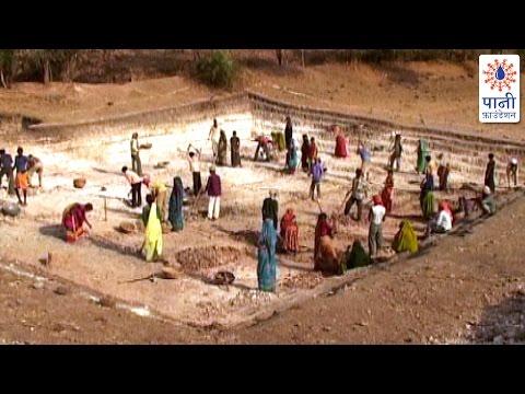 Farm Ponds: For Rainwater Harvesting (Marathi)