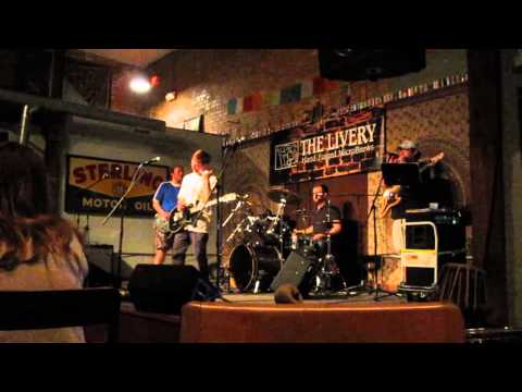 """The Creepaholics covering """"Freak Me Out"""" by Weezer at The Livery - 4/12/2014"""