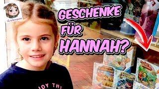 GESCHENKE AUSSUCHEN 🎁 Hannah Befüllt Ihr Geburtstags Körbchen Im Spielzeugladen Traumland