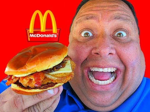McDonald's® Signature Crafted Sweet BBQ Bacon Chicken Sandwich Review!