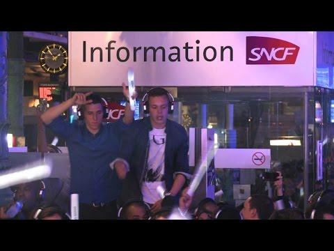 Paris : La gare du Nord, discothèque géante et silencieuse