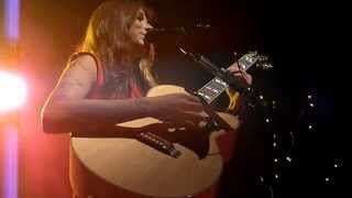 Christina Perri - Run - LIVE PARIS 2012