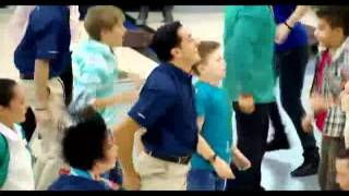 pashto garam dance in Dubai airport - YouTube