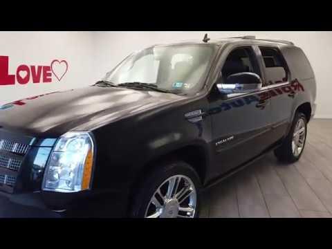 Pre-Owned 2012 Cadillac Escalade-V8 Premium