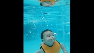4 month old Alexandria Swims at Watersafe Swim School, July 10, 2016 *