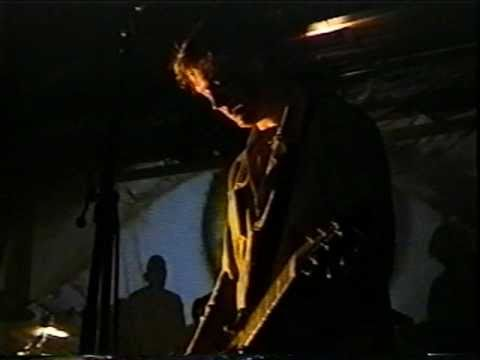 Queens Of The Stone Age - I Was A Teenage Hand Model - Aug 28, 1999 Detroit, MI