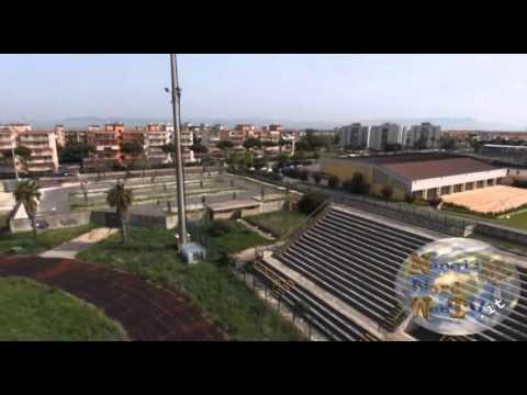 STADIO DE CRISTOFARO ABBANDONATO, GIUGLIANO RIVUOLE IL CALCIO: IL DEGRADO VISTO DAL DRONE. GUARDA IL VIDEO