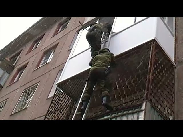 Двух наркодилеров задержали в Ангарске