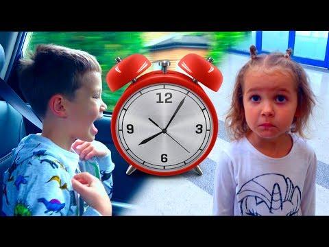Challenge Кто быстрее/ Мальчики ПРОТИВ Девочек/ M&M's и Disney World/ Новый Челлендж (видео)