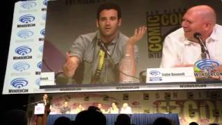 "Сериал ""Стрела"", Colin Donnell, from Arrow, singing it up at WonderCon"