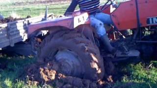 mici ka met me traktor leran