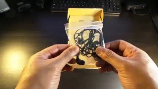 AmazonBasics In-Ear Headphones with Microphone ( unboxing )