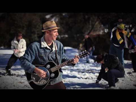 Bob Corbett & The Roo Grass Band - The Alpine Plunker