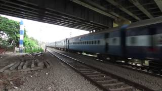 preview picture of video '19311 Pune Indore Express with BZA WAG 7 # 28332'