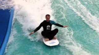 preview picture of video 'Bodyboarden Down Under Nieuwegein 1'