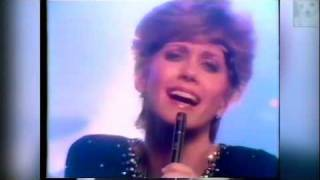 Olivia Newton John - Lets Get Physical (Australian Television Special 1981) 2/3