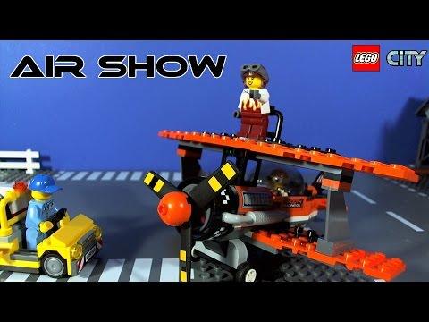 Vidéo LEGO City 60103 : Le spectacle aérien