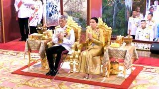 พระราชพิธีบรมราชาภิเษก | ทรงนมัสการพระพุทธมหามณีรัตนปฏิมากร | The Royal Coronation Ceremony