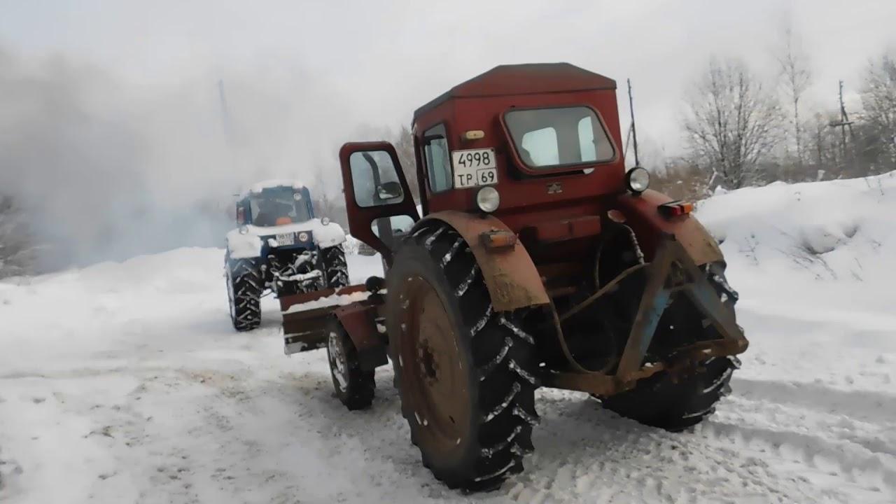 Быстрый старт Т-40 зимой,расчистка снега