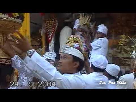 Sesuhunan Ratu Bayu Jagat Ubud Tedun ring Pura Natar Sari Apuan Baturiti- Tabanan Th 2004