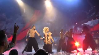 Gambar cover Britney Spears 16 Apr 2016 - Baby One More Time, Oops I did it Again - Las Vegas