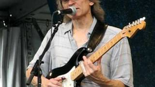 "Sonny Landreth playing ""U.S.S. Zydecoldsmobile"" at Jazz Fest 2010"