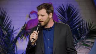 Johnny Beehner on using Hippy Dippy Soap to shower with - Dry Bar Comedy