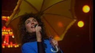 "Laura Branigan - ""Gloria"" & ""Solitaire"" [cc] LIVE Cohosting CountDown Australia Part 1"