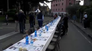 preview picture of video 'La tovaglia più lunga del mondo 2000 metri Guinness World Record'