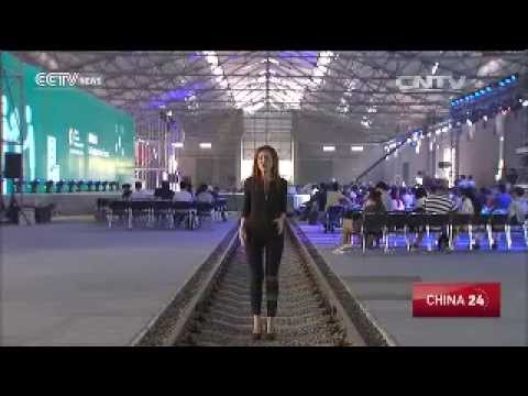 SkyTran  A private taxi ride in the sky    CCTV News   CCTV com English