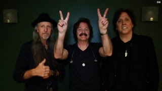 Doobie Brothers salute to troops