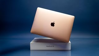 Apple's Most Affordable Laptop! // MacBook Air 2019