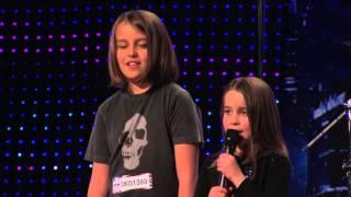 Девочка 6 лет поет рок кожа зомби